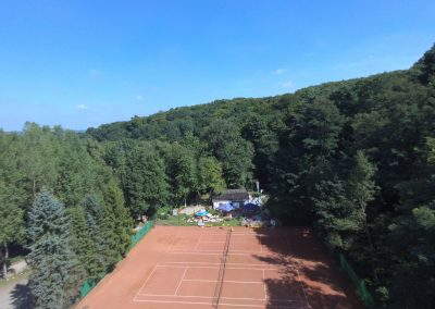 Tennisplatz-Luftansicht